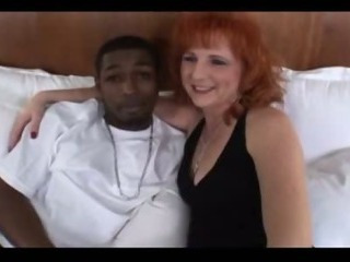 Porno Video of Mature Mom Gets Big Black Dick