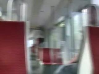 Porno Video of Samenraub In Bahn - Public Action