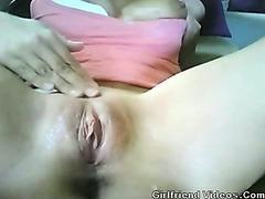 Wet Pussy Fingering On Cam