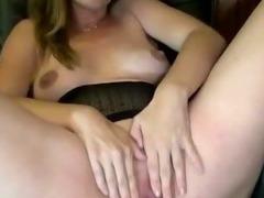 Pregnant amateur slut fingers pussy