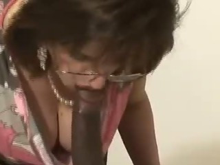 Porno Video of Mature Interracial Bj Action