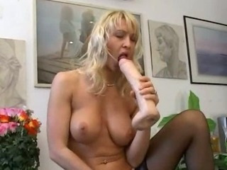 Porno Video of Tight Asshole Fisting On The Table