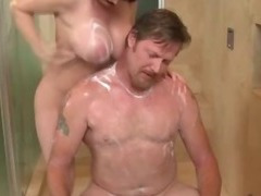 Massage babe washing client