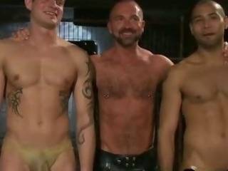 Porno Video of Two Gays Fuck Two Bound With Leather Masks Gays