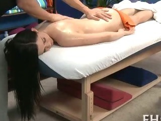 Porno Video of Lovely Babe Loves Massage