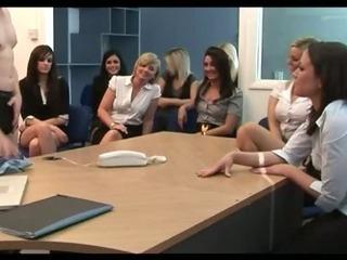 Porno Video of Cfnm Fetish Babe Sucks Off Loser