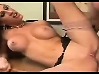 Porno Video of Secretary In Stockings Fucks At The Office