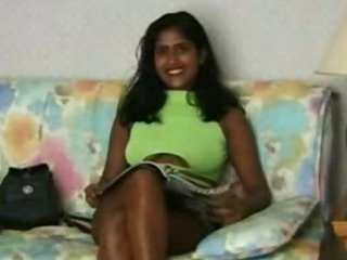 Porno Video of Indian Nri Babe Fucking Very Hardly With 2 Boyfriends