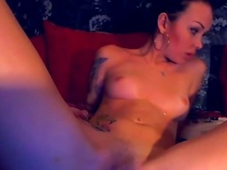 Porno Video of Sexy Tatttoo Babe Fingers Her Tight Pussy And Ass Hd