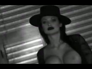 Porno Video of Interracial Dp Mistress