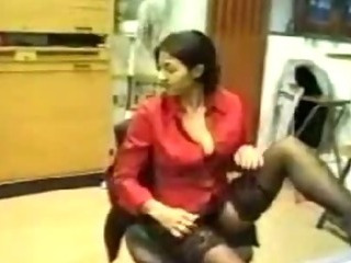 Porno Video of Indian Office Conversation Leads To Sex