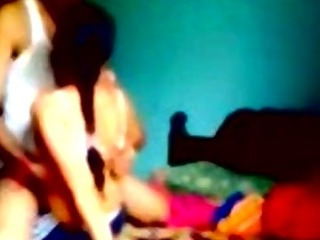 Porno Video of Young Indian Lovers Have Sex