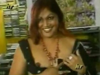 Porn Tube of Indian Wife In Saree Fucking
