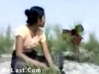Porn Tube of Indian Sexy Couples Sex Outdoors