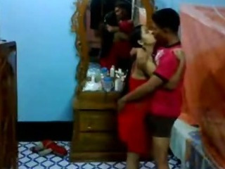 Porno Video of Newly Married Bangla Couple Fucking