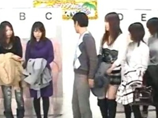 Porno Video of Japanese Game Show Part 1/3