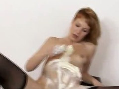 Redhead Electra Angels white and messy