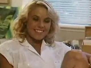 Porno Video of Retro Porn Scene With A Cumshot
