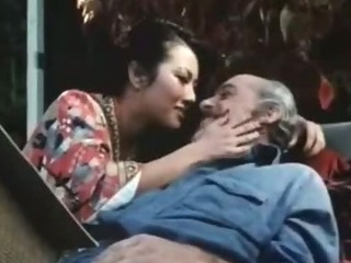 Porno Video of Old Man Fucks Younng Retro Lady