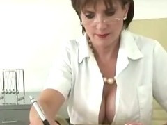 Cuckolds wife plays nurse