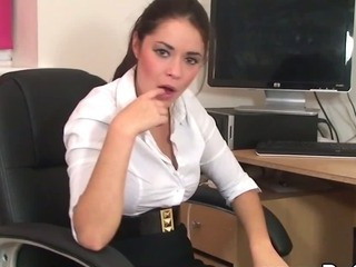 Porno Video of Hardcore Hitachi Vibe With Naughty Secretary Suzie