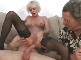 Porno Video of Older Mommy Seduces Young Guy With Hubby
