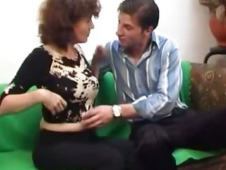 Porno Video of Russian Mature With A Real Hairy Cunt
