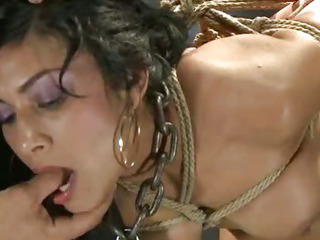 Porno Video of Punishing A Slave's Tight Hole