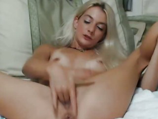 Porn Tube of Blonde Hottie Reaches Orgasm