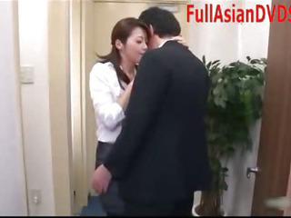 Porno Video of Japanese Pornstar Great Blowjob Facial