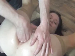 Porno Video of Fisting The Wifes Ass For The First Time