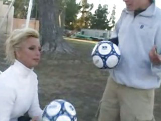 Porno Video of Tj Hart Is One Hot Soccer Mom