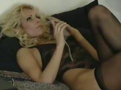 Kaitlyn and Ashley Nasty Threesome