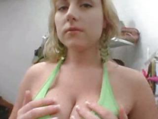 Porno Video of Velicity Von Handjob