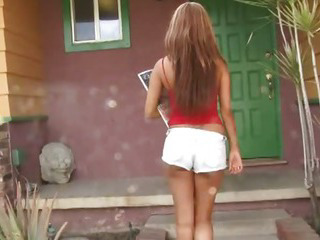 Porno Video of Hot Teen Girl From The Hood Takes A Cock