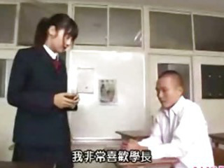 Porno Video of Asian Schoolgirl Fucked In Class Room