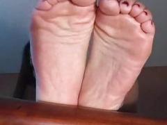 Great toe suck
