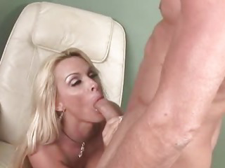 Porno Video of Horny Milf Gets Pussy Stretched By Big Cock