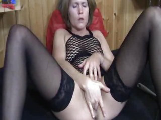 Porno Video of Toilet Brush And Tooth Paste Fuck