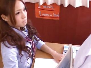 Porno Video of Sexy Schoolgirl Yukina Momota