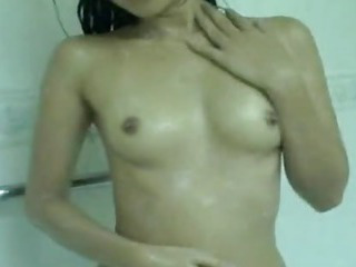 Porno Video of Aamazing Asian Amateur Takes A Shower