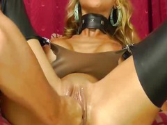 Stunning blond loves huge fisting orgasms