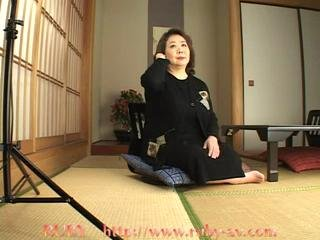 Porno Video of Corpulent Kimono Granny