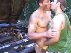 Beefy Dude Fucks Gay in The Garage