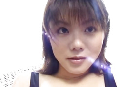 Amateur Akane playing in solo
