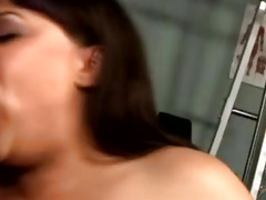 Fat beauty gets her tight pussy split in twice by her hunky trainer