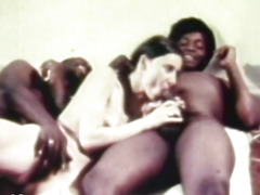 hot-retro-threesome-penetrating
