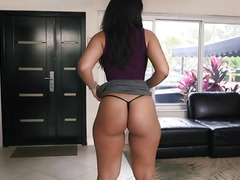 Thickness round ramp latina Ava Sanchez