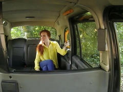 Petite amateur girl sucks cock and nailed by fake driver