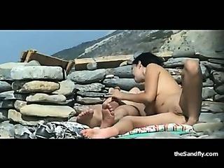 Porno Video of Thesandfly.com Public Beach Sex Bonanza